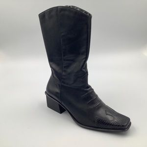 Woman's Harley Davidson Boots size 9.5
